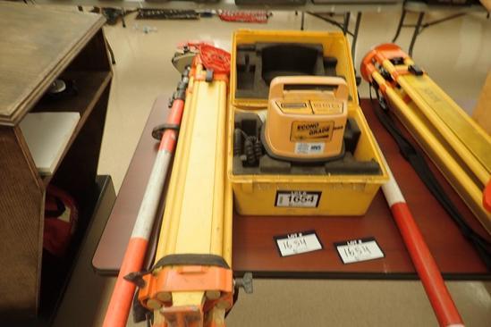 Spectra-Physics Econo Grade Laser Level w/ Tri-pod and Levelling Rod w/ Rod Level.