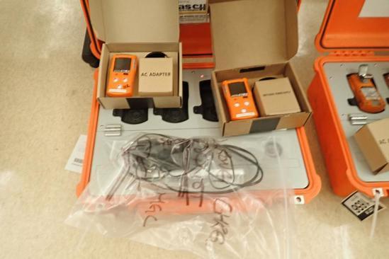 Lot of 6 Gas Clip MGC-IR Personal Gas Monitors w/MGC Monitor Dock.