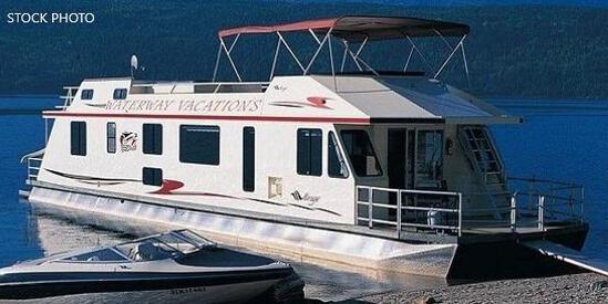 2001 Waterways Built Mirage 65 Houseboat- HAPPY JACK