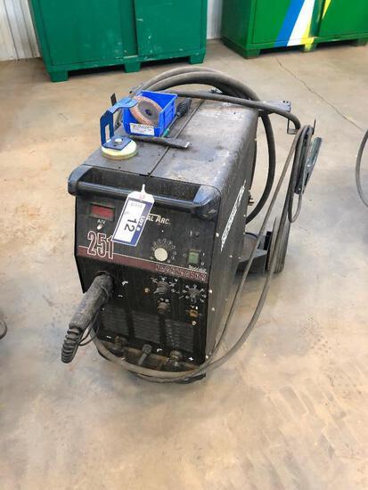 Thermal Arc Fabricator 210 Welding System w/ Cart