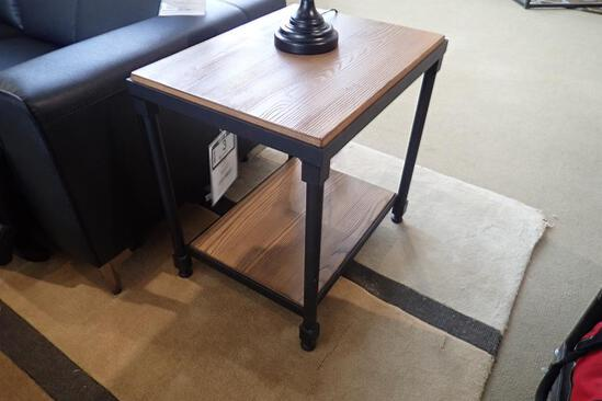 """Sherrill Accent 24""""x18"""" End Table."""