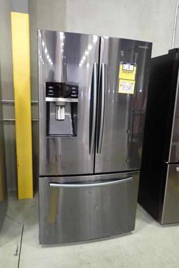 Samsung RF28HFEDBSG Black Stainless French Door Refrigerator- Minor Dents & Scratches.