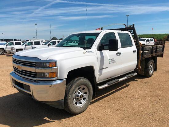 2015 Chevrolet Silverado Crew Cab 4X4 Deck Truck, VIN # 1GB4KYCG3FF638322