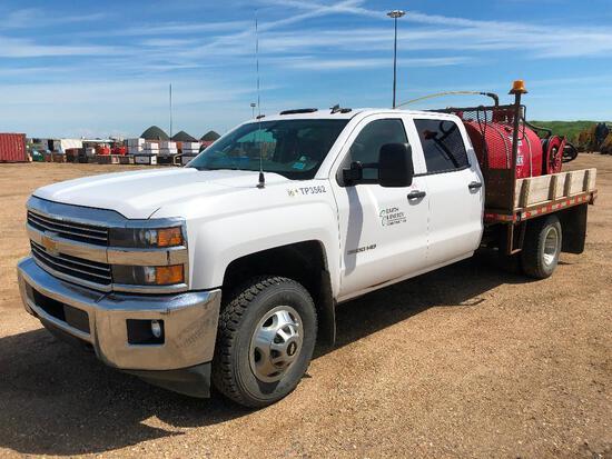 2015 Chevrolet Silverado Crew Cab 4X4 DRW Deck Truck w/ Fuel System VIN # 1GB4KZCGXFF108029