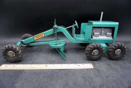 Structo Toy Grader, 1950s
