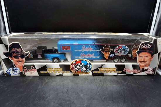Time Champions, Richard Petty & Dale Earnhardt Truck and Trailer