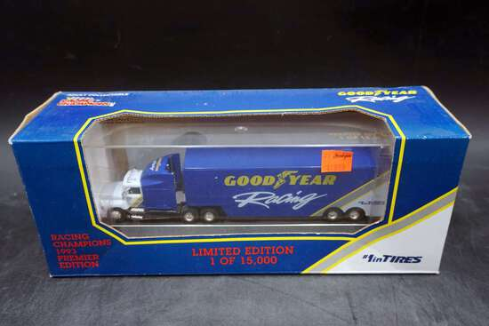 Racing Champions, Good Year Transporter, 1/87