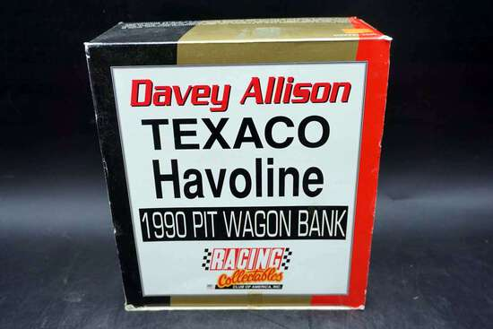 Racing Collectibles, Davey Allison 1990 Pit Wagon Bank