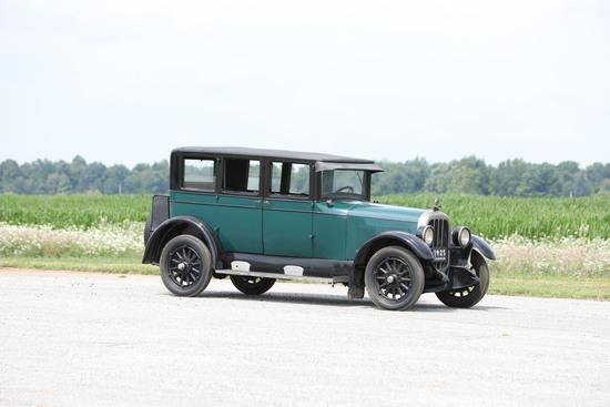 1925 Chandler Big Six Seven-Passenger Tourer