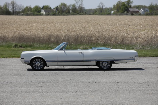 1969 Oldsmobile 98 Convertible