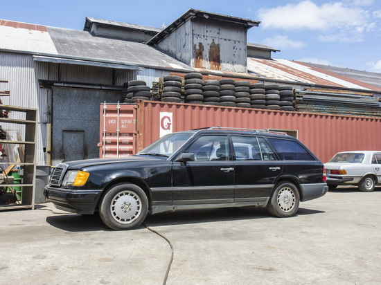 1989 Mercedes-Benz 300TE Wagon