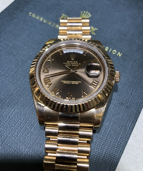 Rolex DAY-DATE II 41mm Rose Gold Chocolate Roman Dial Watch 218238