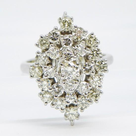 14K Gold Diamond Ring Sz 7.5