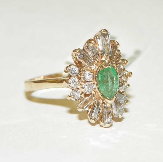 .75CTW DIAMOND .50CTW EMERALD RING SZ 6.5