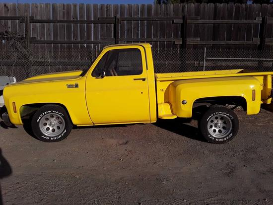 1976 Chevrolet C 10 custom deluxe Stepside pick up