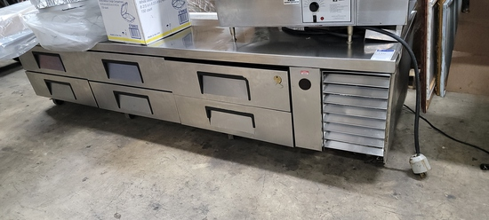Refrigerated stainless steel equipment stand
