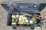 (1) oxygen/acetylene torch set in box