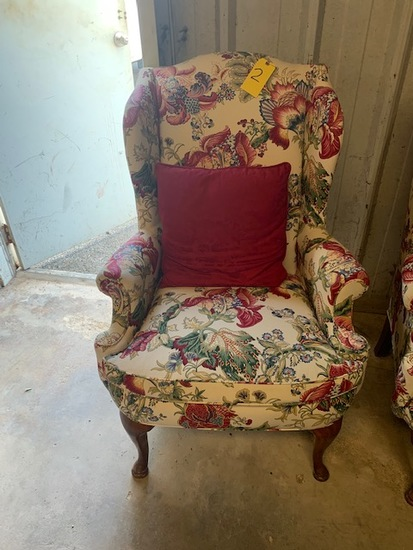 Really nice floral print chair