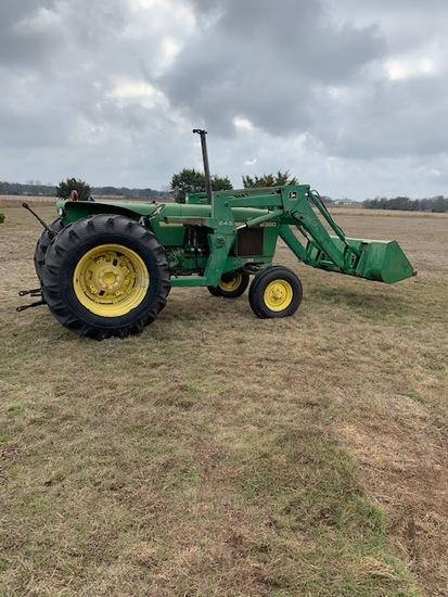 John Deere 2350 Tractor w FE Loader