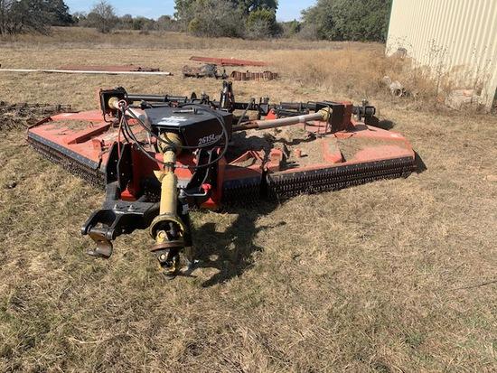 Bush Hog 2615 L1 shredder