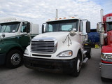 2007 FREIGHTLINER CL12042ST Columbia Conventional