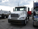 2006 FREIGHTLINER CL12042ST Columbia Conventional