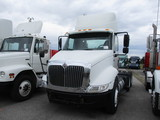 2004 INTERNATIONAL 8600 Conventional