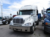 2003 FREIGHTLINER CL12064ST Columbia Conventional