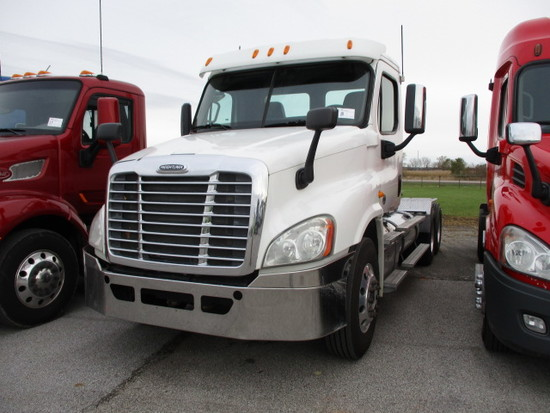 2013 FREIGHTLINER CA12564ST Cascadia Conventional