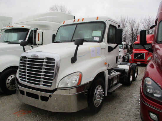 2012 FREIGHTLINER CA12564ST Cascadia Conventional