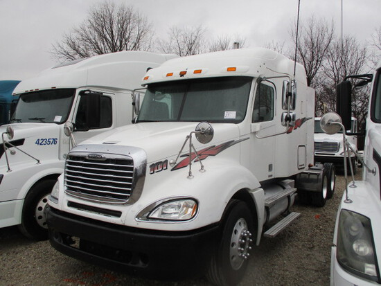 2007 FREIGHTLINER CL12064ST Columbia Conventional