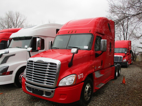 2017 FREIGHTLINER CA12564ST Cascadia Conventional