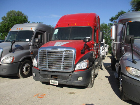 2015 FREIGHTLINER CA12564ST Cascadia Conventional