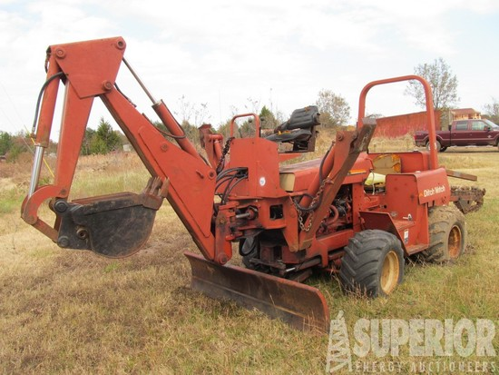 DITCH WITCH 5110DD Rubber Tire