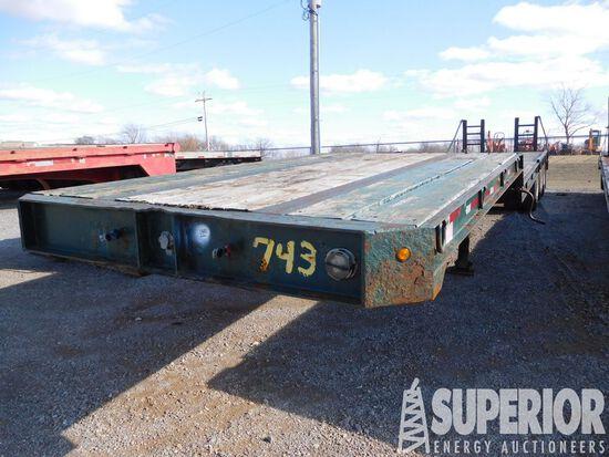 (x) 2005 JOHN KERR 8'W x 45'OAL 3-Axle Dovetail Eq