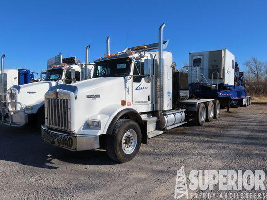 (x) (4-24) 2007 KENWORTH T800B Tri Drive Truck Tra