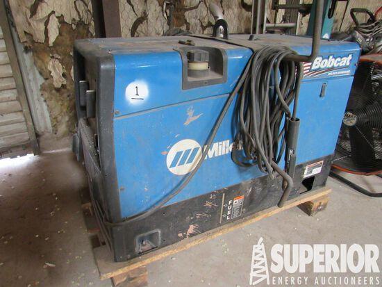 MILLER Bobcat 250 Amp CC/CV AC/DC Welding Machine