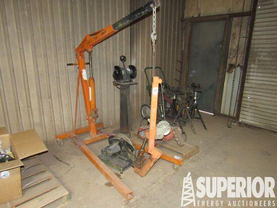 CENTRAL HYDRAULICS 2-Ton Hyd Shop Crane w/Casters,