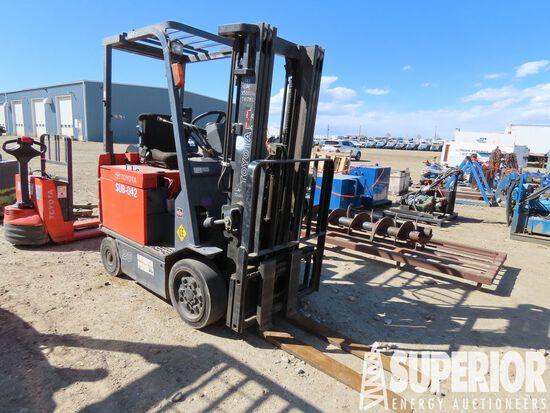 2014 TOYOTA 30-7FBCV20 Elec 3100# Forklift w/4'L F