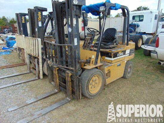 DAEWOO D305 6000# Forklift p/b YANMAR 4TNE98 Diese