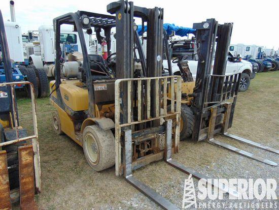 YALE GLP060VX 5500# Forklift, S/N-B875V11583L, p/b