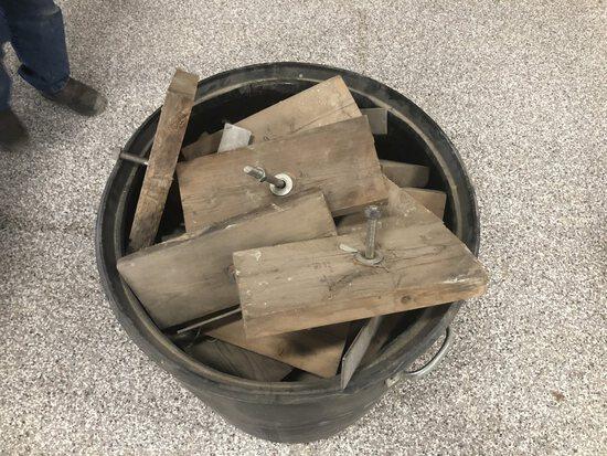 30 Gallon Barrel of T Bolt  Framers Brackets
