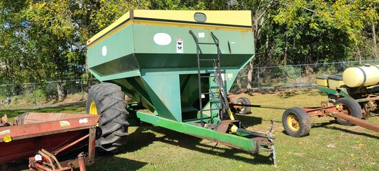 J&M 500 Grain Cart