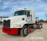 2011 Mack CXU613 Pinnacle T/A Sleeper Truck Tractor