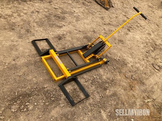 Unused Hydraulic Lawn Mower Lift