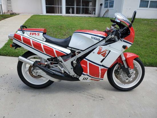 1985 Yamaha RZ500-V4