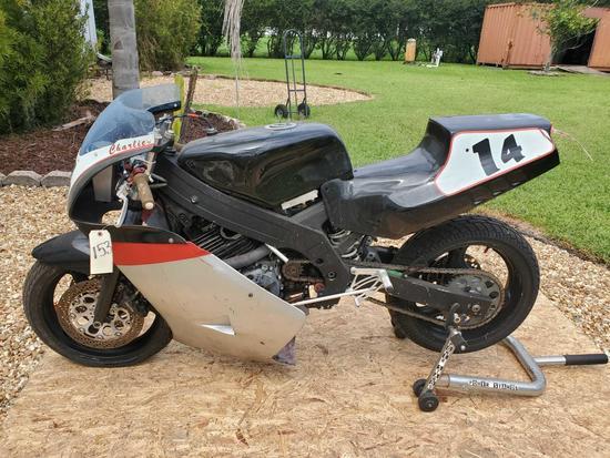 Suzuki Race Bike with Honda 600 single