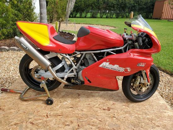 2005 Ducati 1000 SuperSport Race Bike