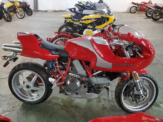 2001 Ducati M900 MHR
