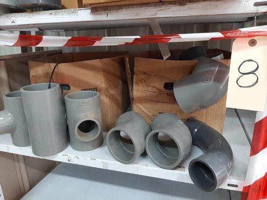 (LOT) PVC PLUMING CONNECTORS